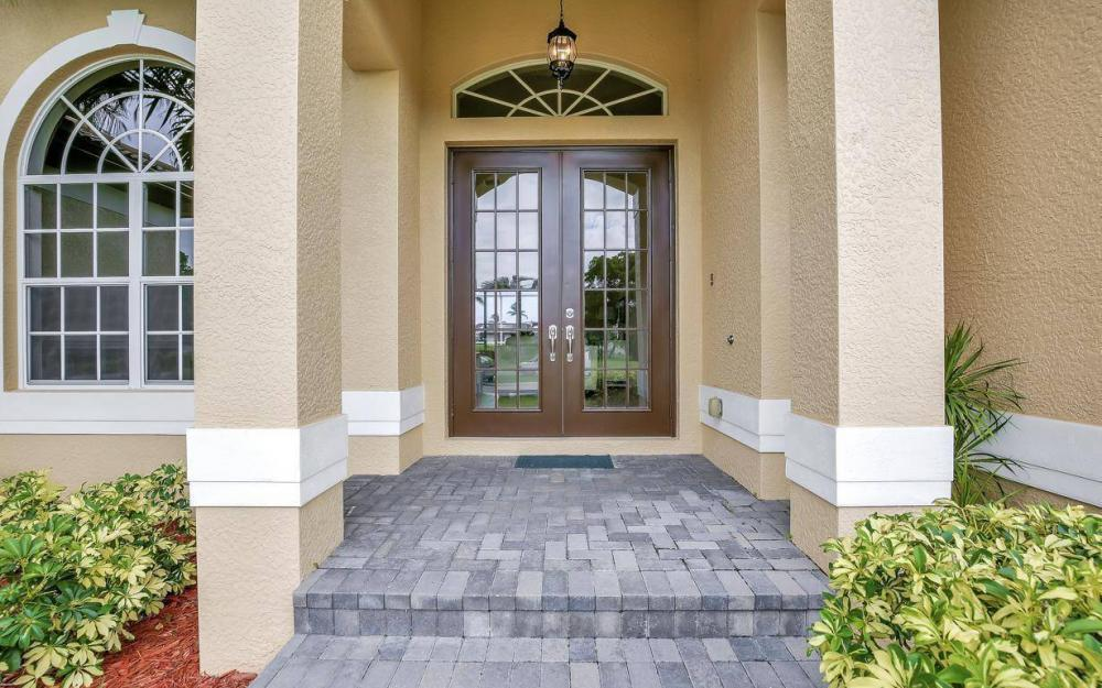 1630 Winterberry Dr, Marco Island - Home For Sale 274417251