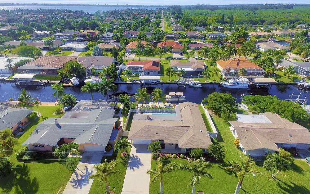 148 SW 54th St, Cape Coral - Home For Sale 1426347860