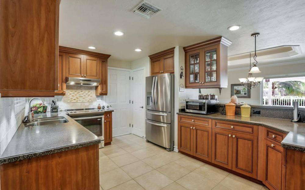 148 SW 54th St, Cape Coral - Home For Sale 85874687