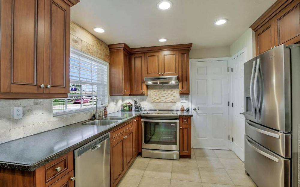 148 SW 54th St, Cape Coral - Home For Sale 225546306