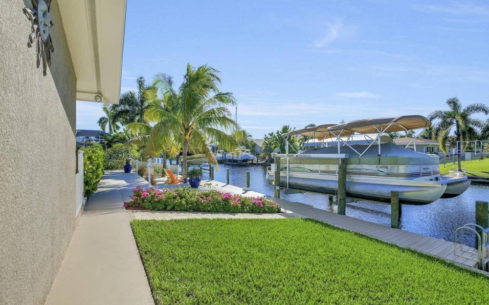 148 SW 54th St, Cape Coral - Home For Sale 910553210