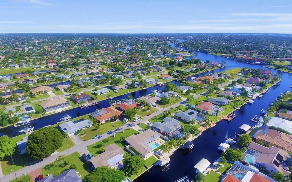 148 SW 54th St, Cape Coral - Home For Sale 714484797