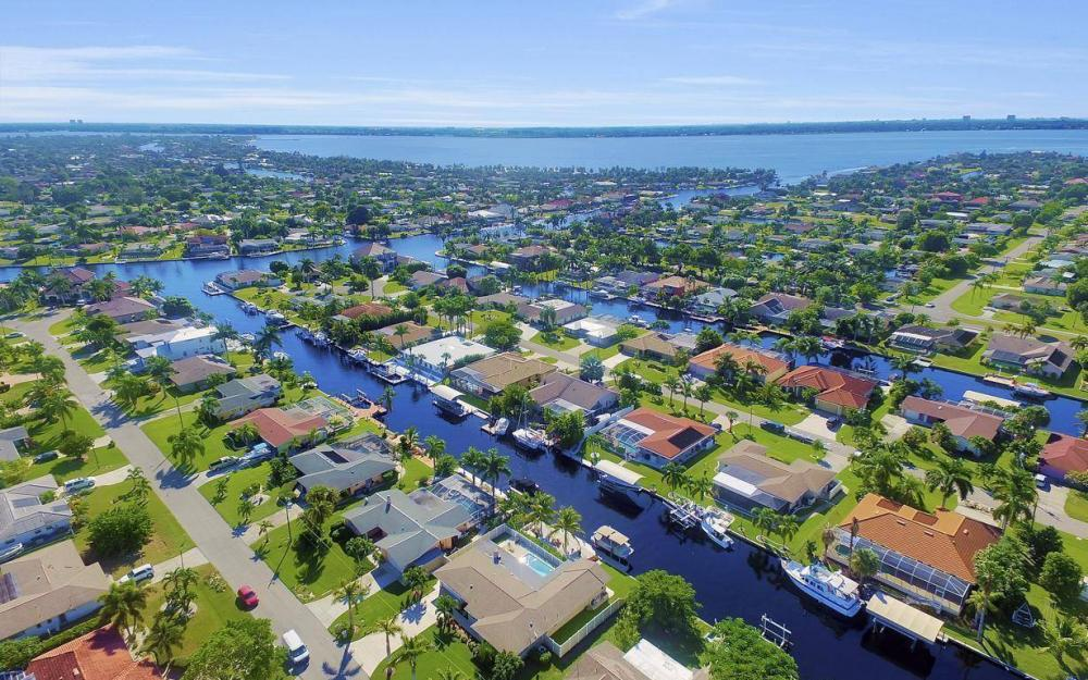 148 SW 54th St, Cape Coral - Home For Sale 1718931064