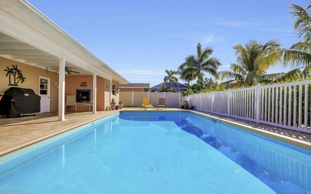 148 SW 54th St, Cape Coral - Home For Sale 2146377963