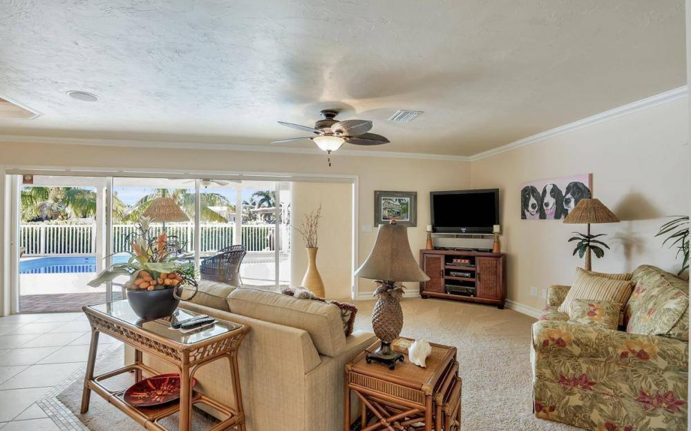 148 SW 54th St, Cape Coral - Home For Sale 1100775704