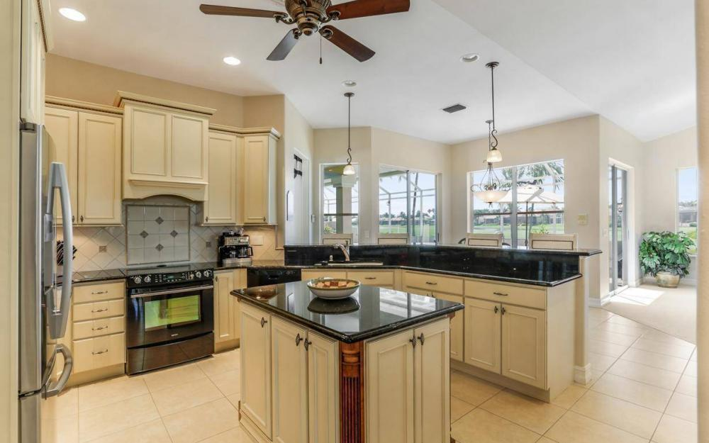 11401 Longwater Chase Ct, Fort Myers - Home For Sale 1888451764