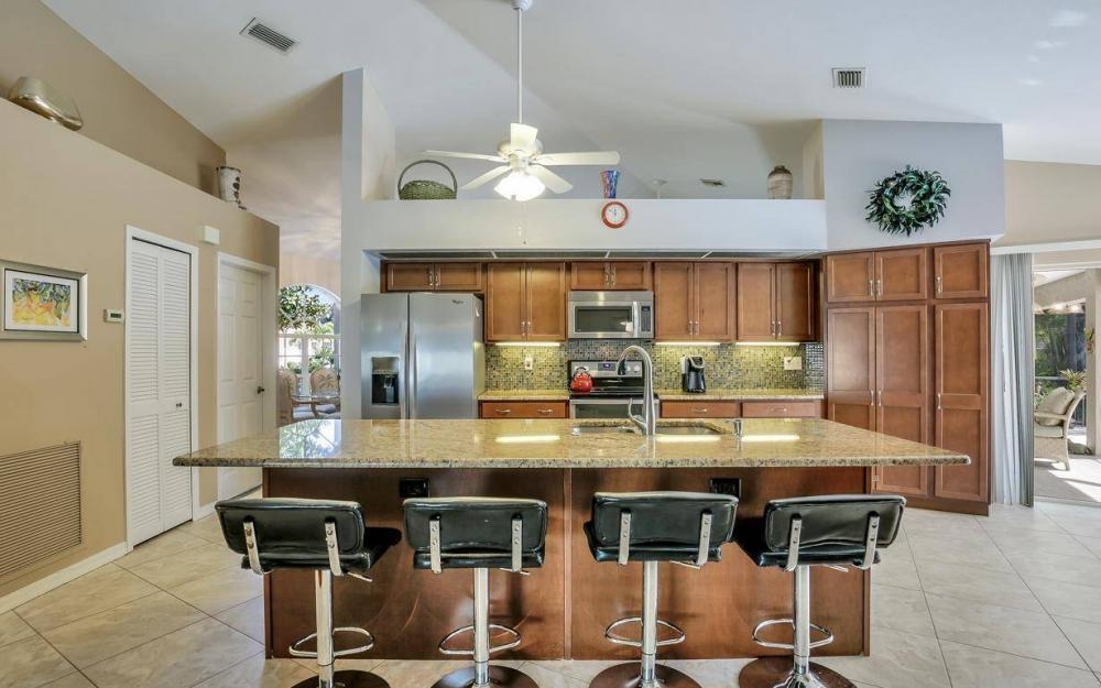 7880 Twin Eagle Ln, Fort Myers - Home For Sale 261866992