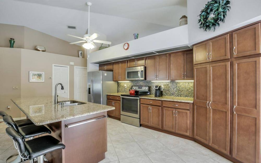 7880 Twin Eagle Ln, Fort Myers - Home For Sale 1797411831
