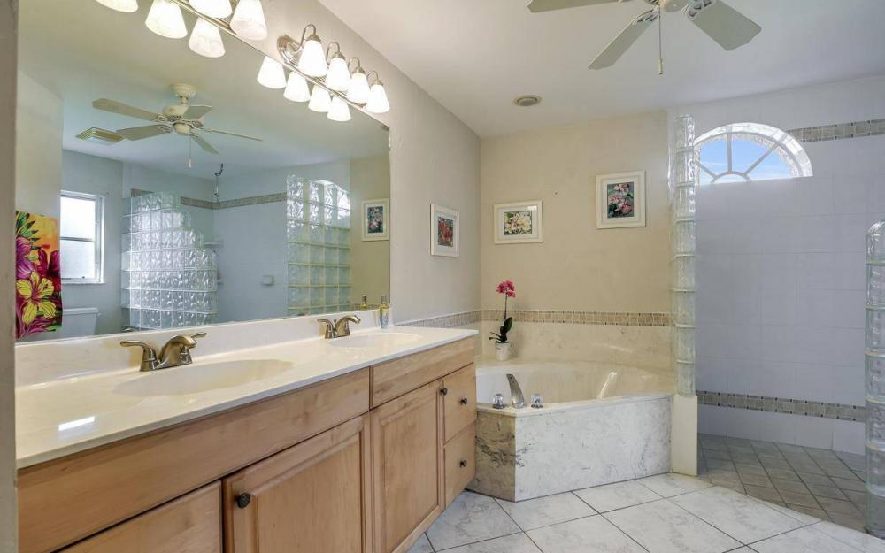 7880 Twin Eagle Ln, Fort Myers - Home For Sale 1965475069