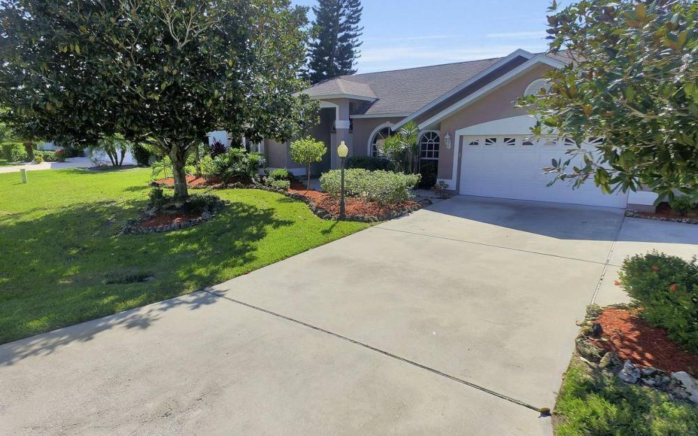 7880 Twin Eagle Ln, Fort Myers - Home For Sale 561231563