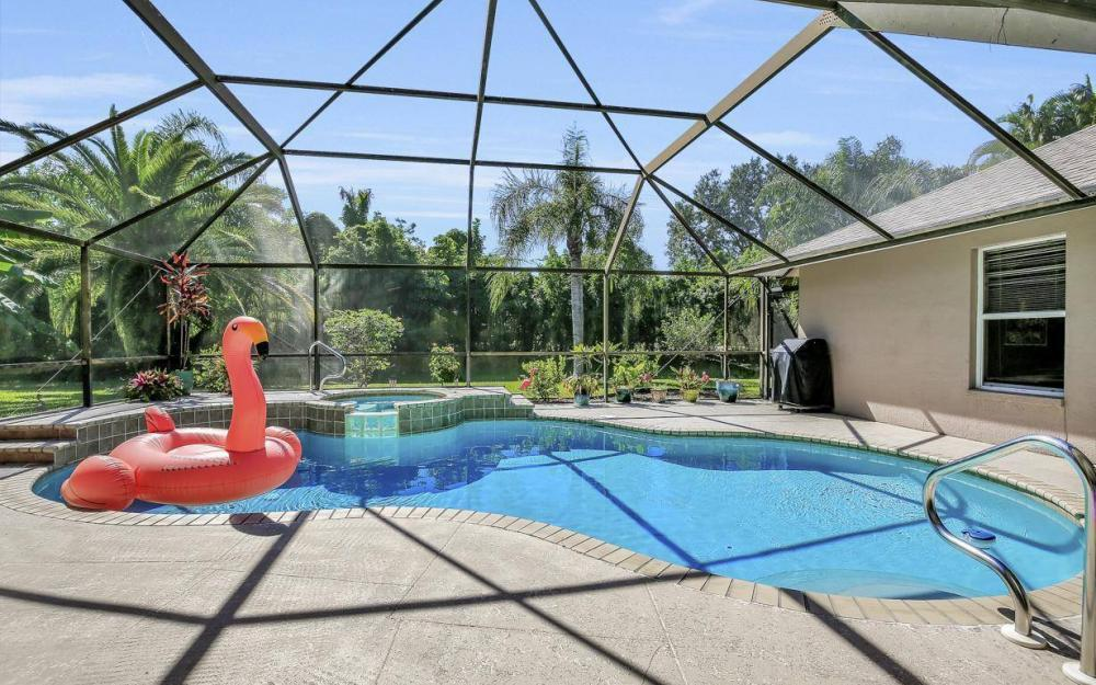 7880 Twin Eagle Ln, Fort Myers - Home For Sale 412675098