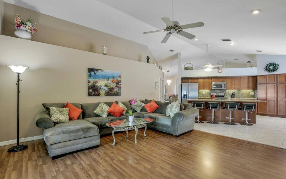 7880 Twin Eagle Ln, Fort Myers - Home For Sale 800638664