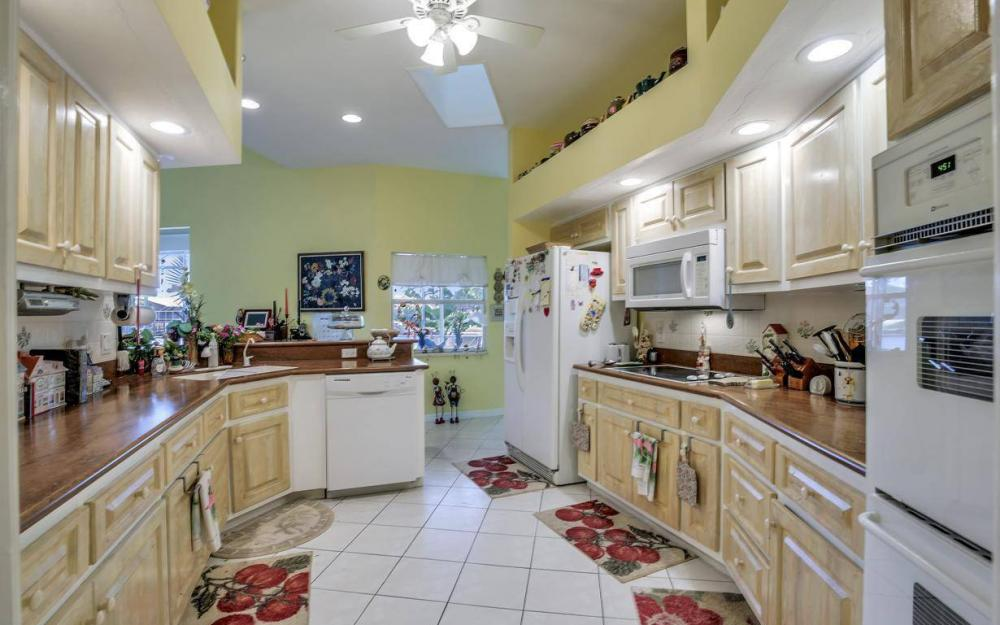 2813 SW 43rd Ln, Cape Coral - Home For Sale 1488225468