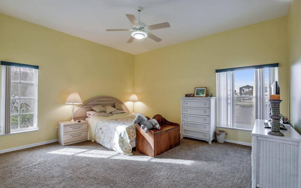 2813 SW 43rd Ln, Cape Coral - Home For Sale 1703965184
