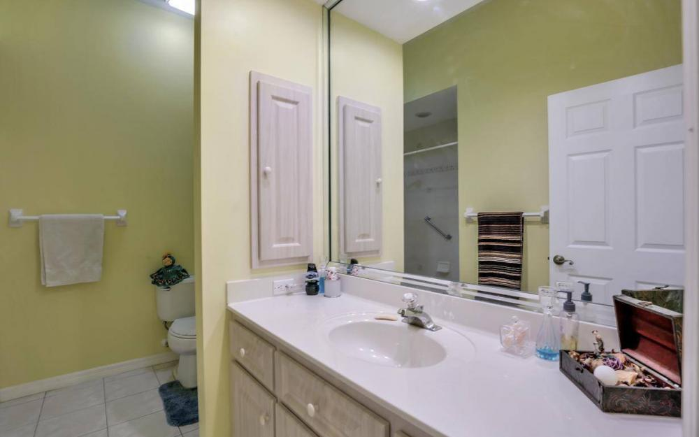 2813 SW 43rd Ln, Cape Coral - Home For Sale 71083339