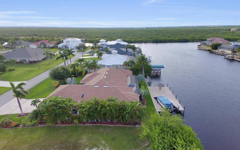 2813 SW 43rd Ln, Cape Coral - Home For Sale 189656715