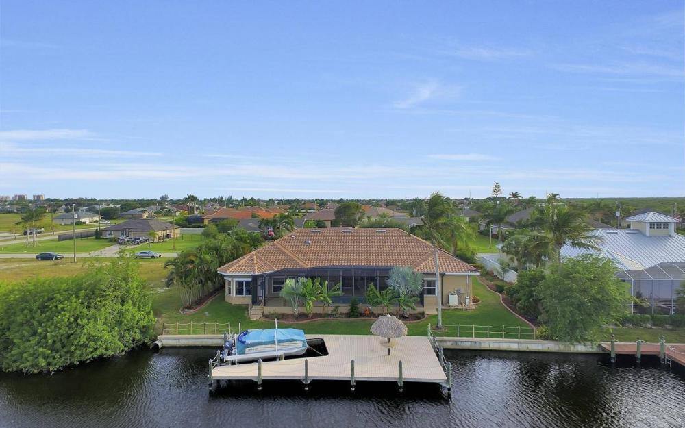 2813 SW 43rd Ln, Cape Coral - Home For Sale 2012921176