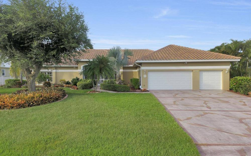 2813 SW 43rd Ln, Cape Coral - Home For Sale 627253061
