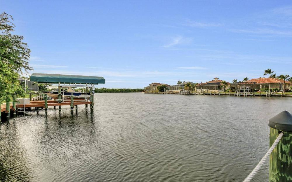 2813 SW 43rd Ln, Cape Coral - Home For Sale 503755912