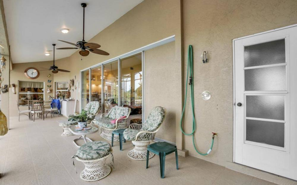 2813 SW 43rd Ln, Cape Coral - Home For Sale 210102583