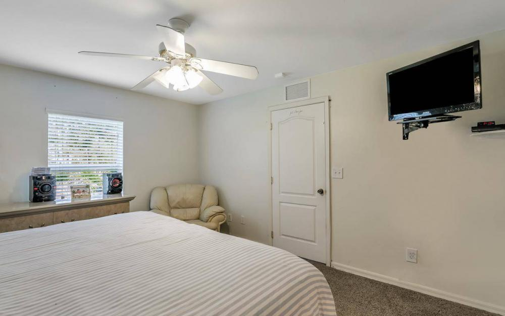 2812 48th St W, Lehigh Acres - Home For Sale 665431742