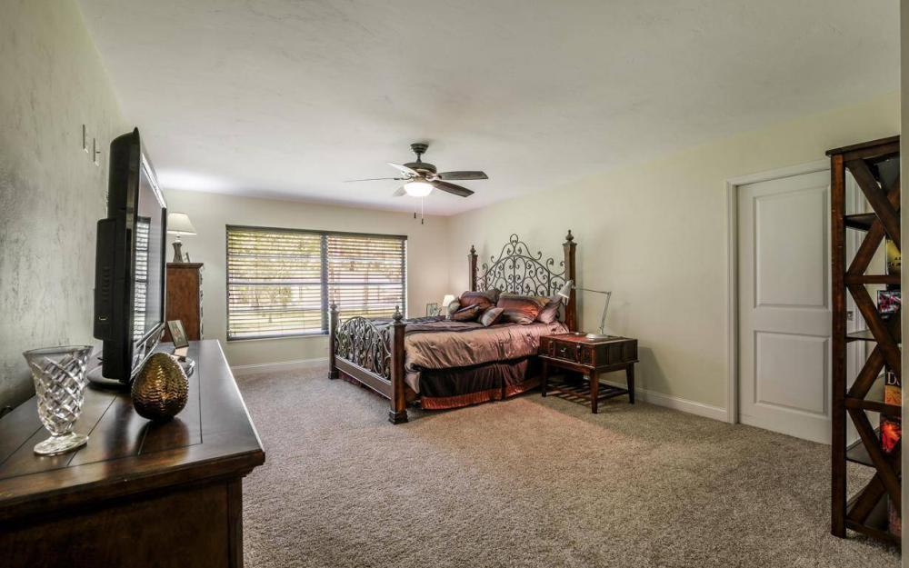 4180 1st Ave NW, Naples - Home For Sale 98709841