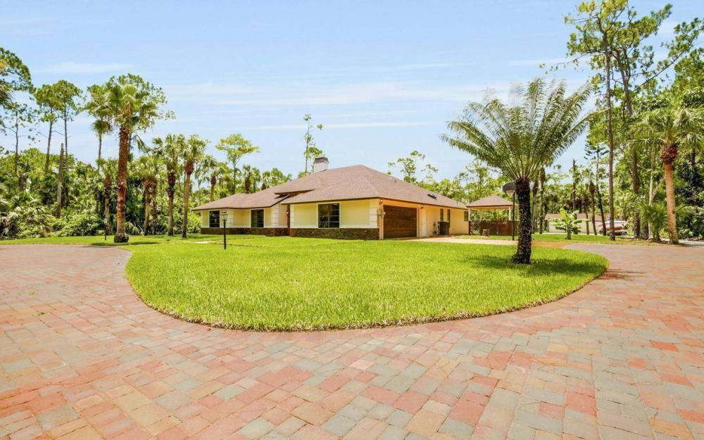 4180 1st Ave NW, Naples - Home For Sale 965494033