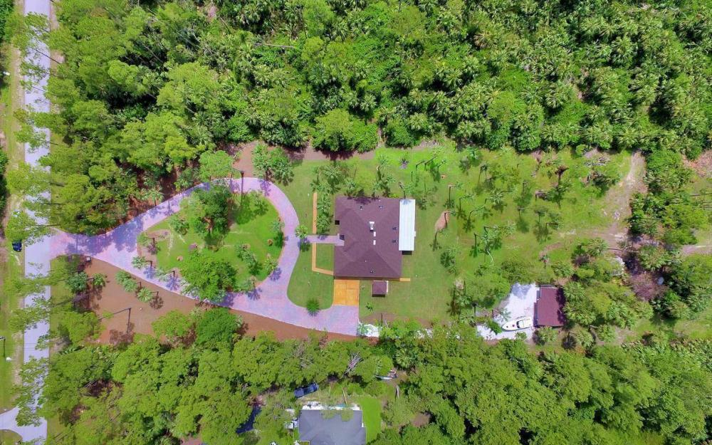 4180 1st Ave NW, Naples - Home For Sale 652962694