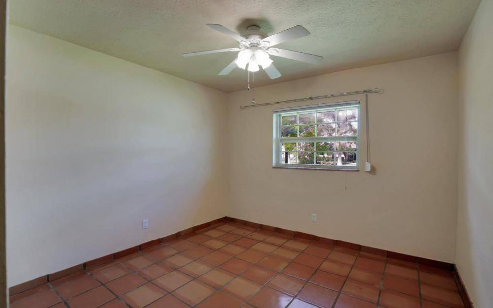 4637 SE 20th Ave, Cape Coral - Home For Sale 239635058