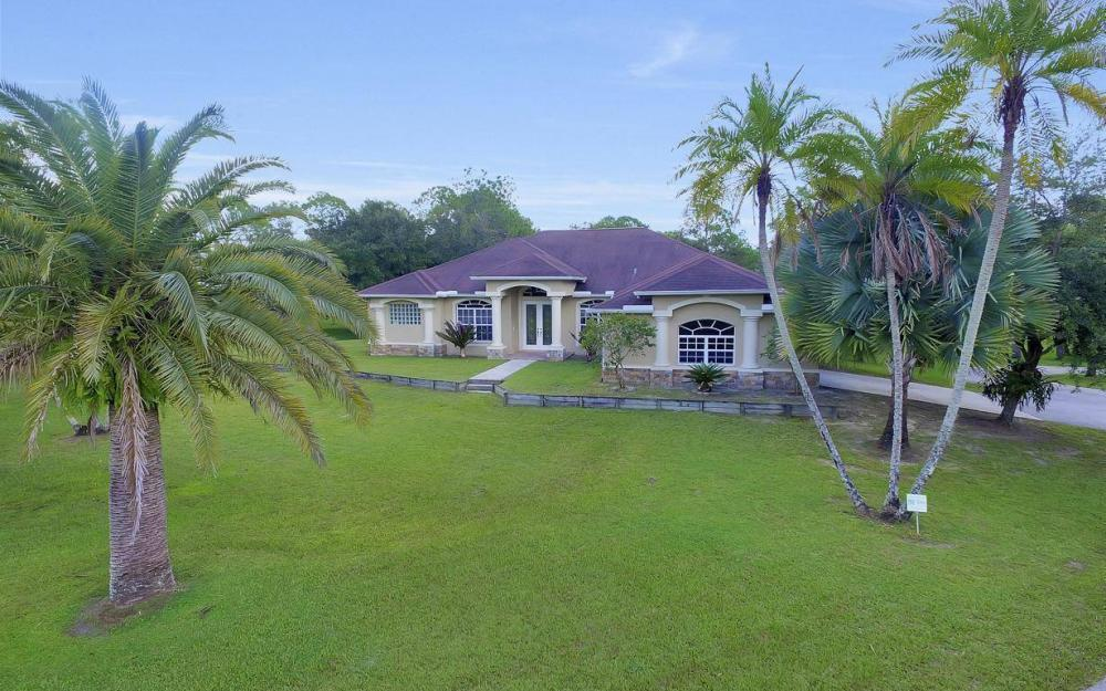 18680 Old Bayshore Rd, North Fort Myers - Home For Sale 985481733