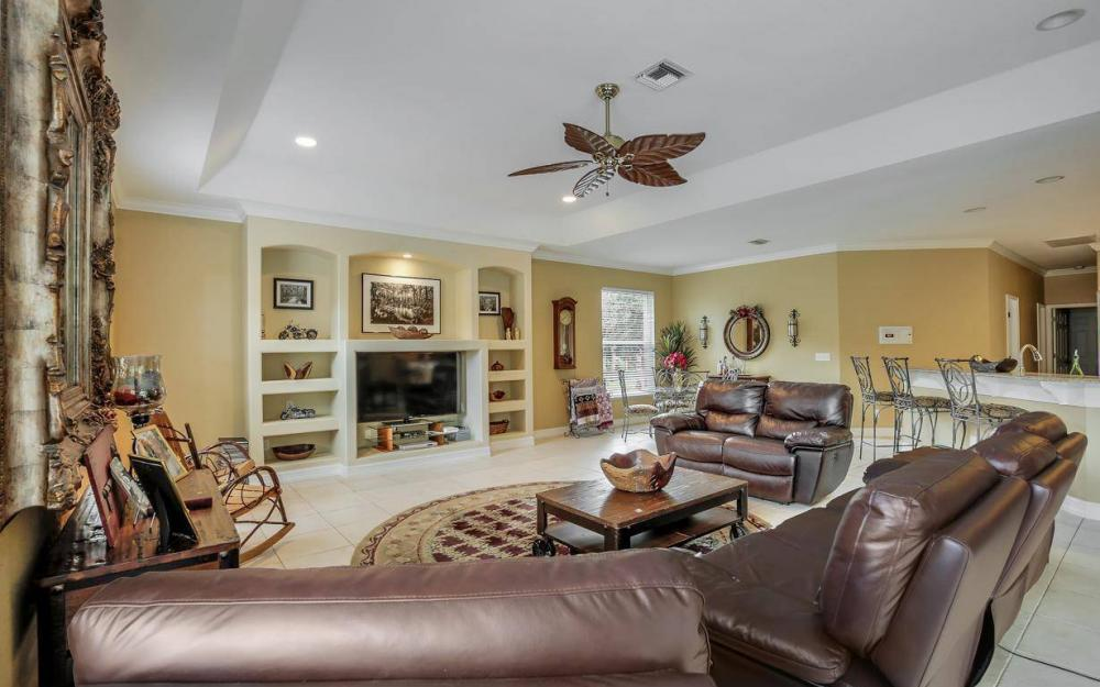 18680 Old Bayshore Rd, North Fort Myers - Home For Sale 116078055
