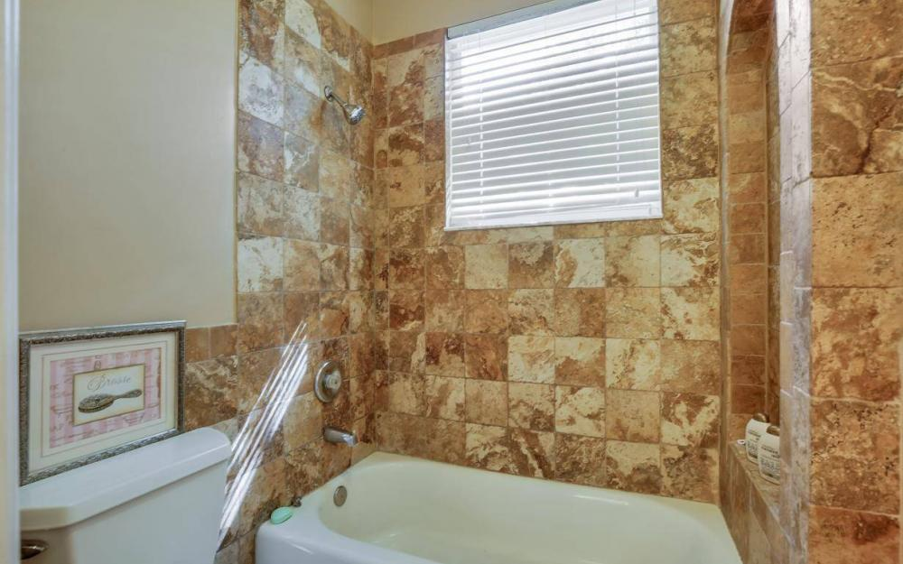 18680 Old Bayshore Rd, North Fort Myers - Home For Sale 1672961892