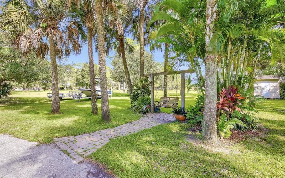 18680 Old Bayshore Rd, North Fort Myers - Home For Sale 776647903