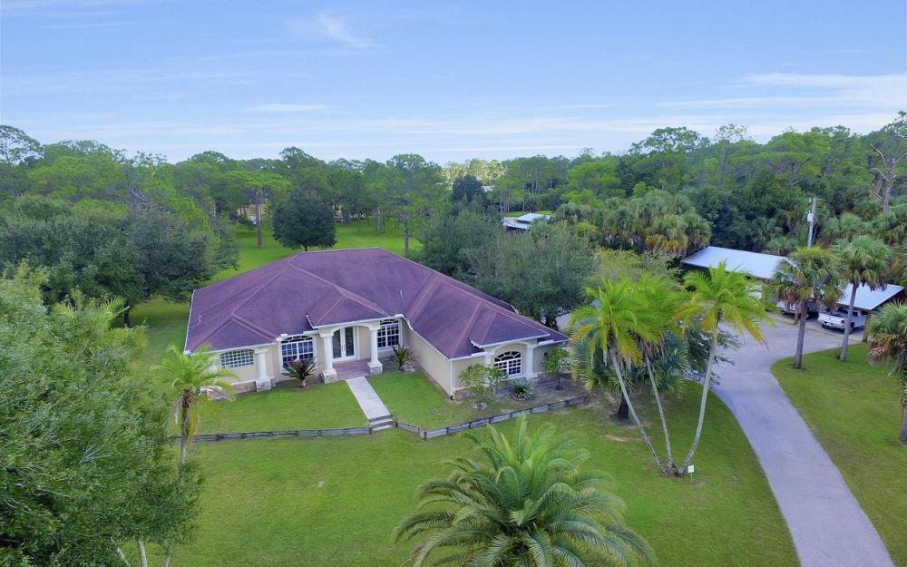 18680 Old Bayshore Rd, North Fort Myers - Home For Sale 1683771359