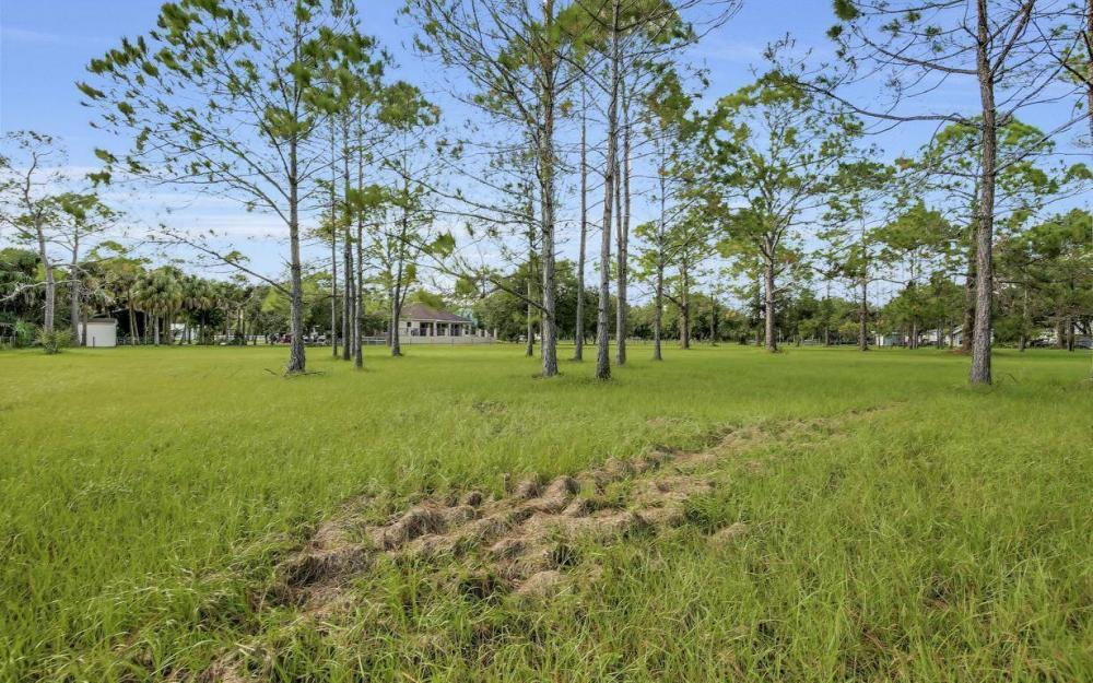 18680 Old Bayshore Rd, North Fort Myers - Home For Sale 724742026