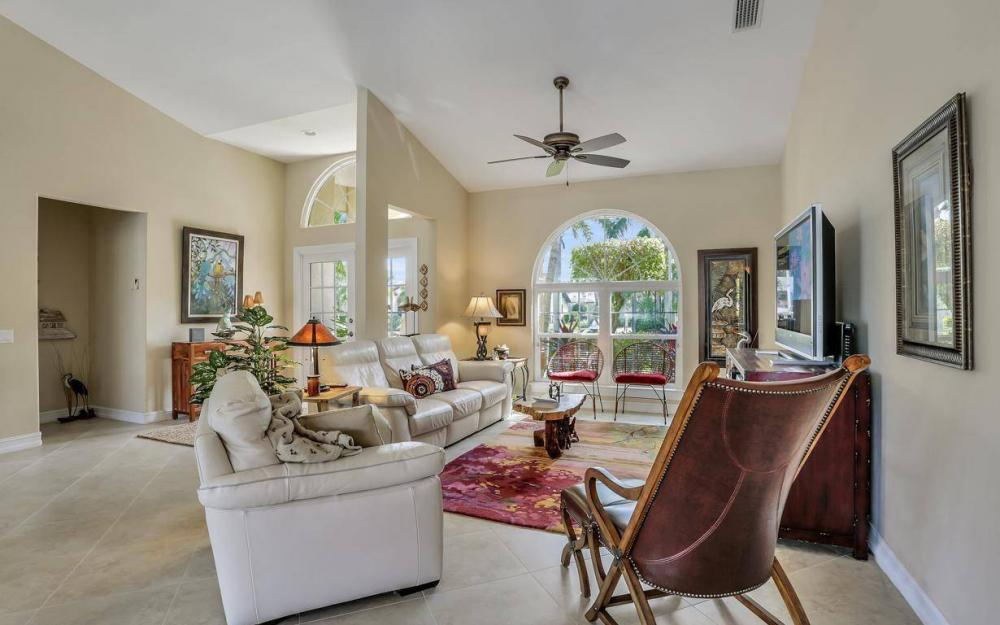 1529 SW 54th Ter, Cape Coral - Home For Sale 911363399