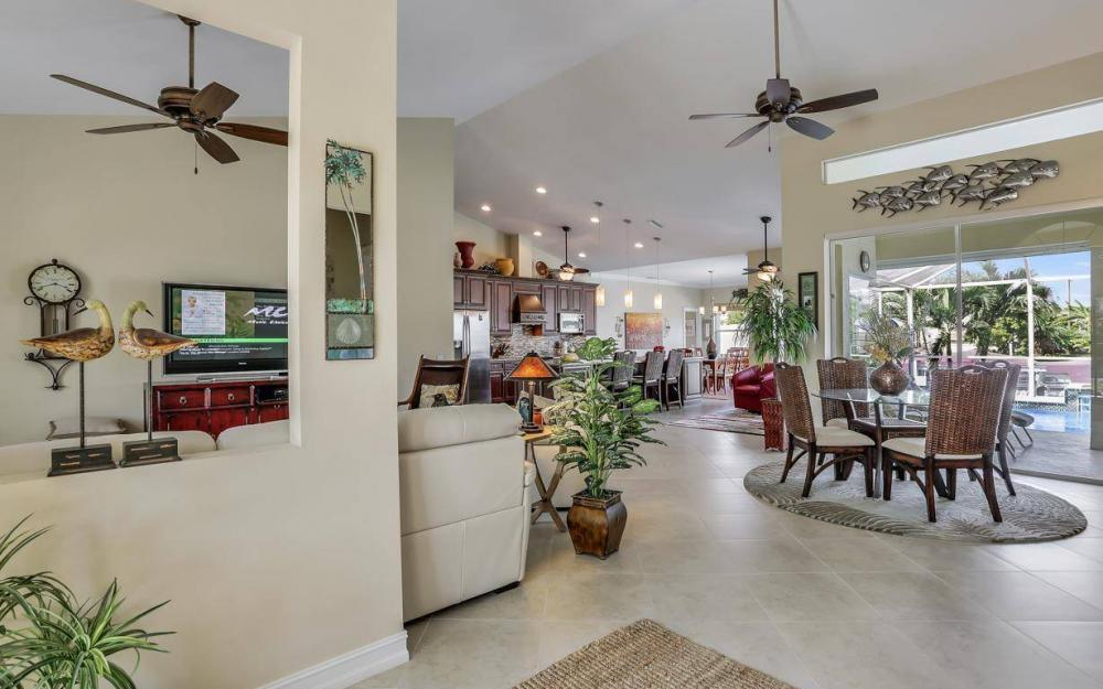 1529 SW 54th Ter, Cape Coral - Home For Sale 1039972547