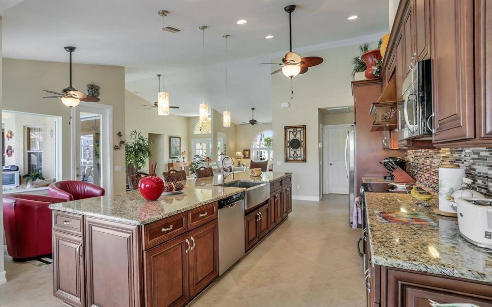 1529 SW 54th Ter, Cape Coral - Home For Sale 559167909