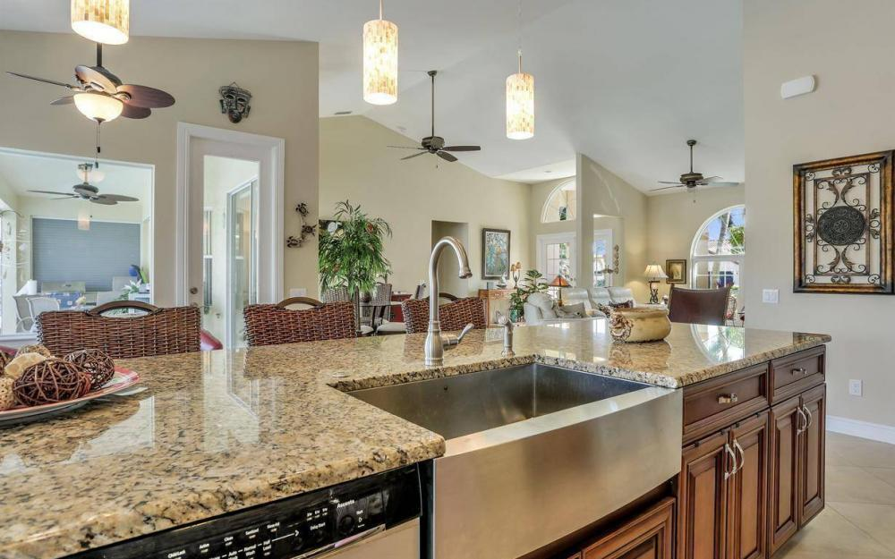 1529 SW 54th Ter, Cape Coral - Home For Sale 131943517