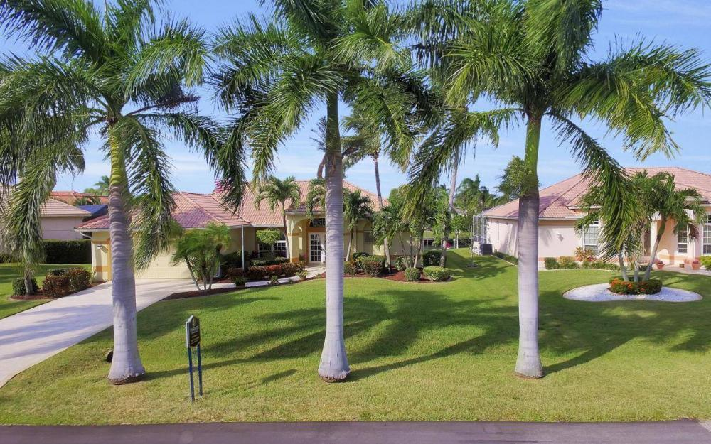 1529 SW 54th Ter, Cape Coral - Home For Sale 1464690144