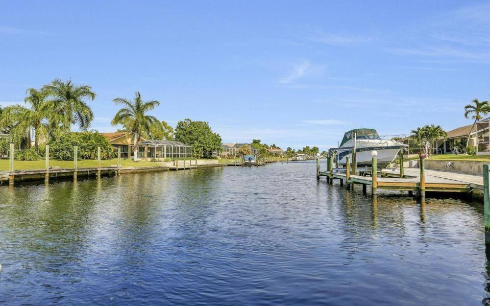 1529 SW 54th Ter, Cape Coral - Home For Sale 1713901261