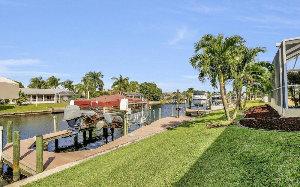 1529 SW 54th Ter, Cape Coral - Home For Sale 1762094850