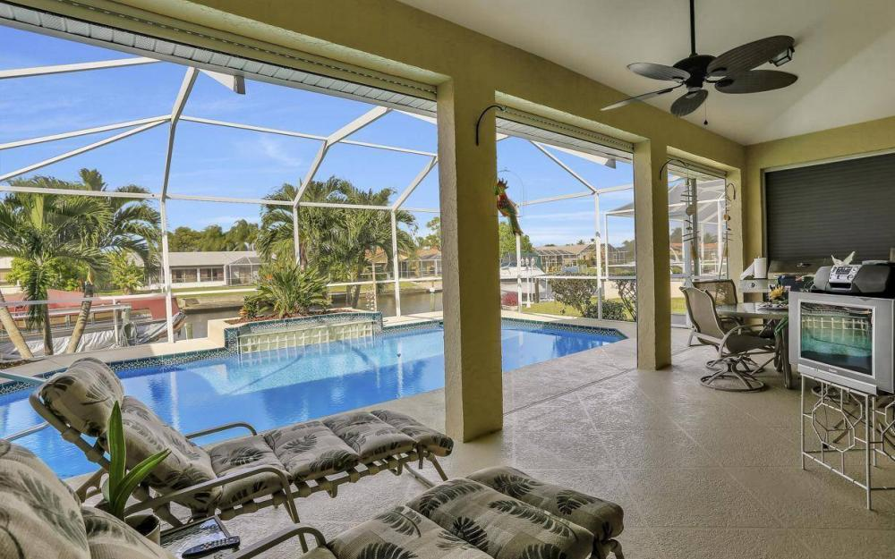 1529 SW 54th Ter, Cape Coral - Home For Sale 1714038733