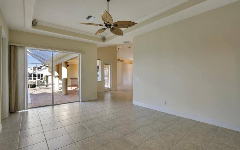 5340 SW 11th Ave, Cape Coral - Home For Sale 858295542