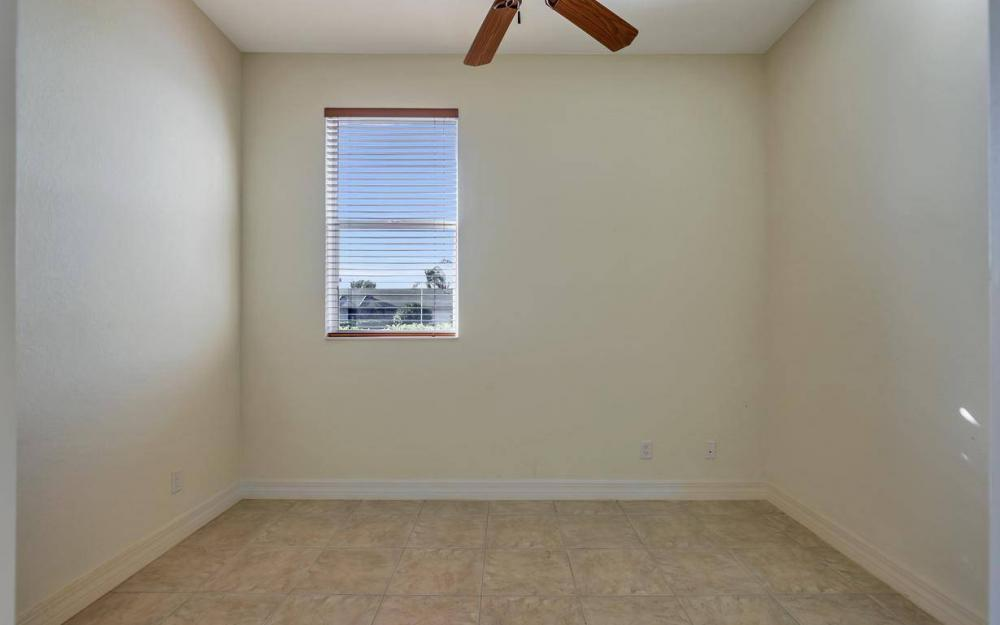 5340 SW 11th Ave, Cape Coral - Home For Sale 1189539186
