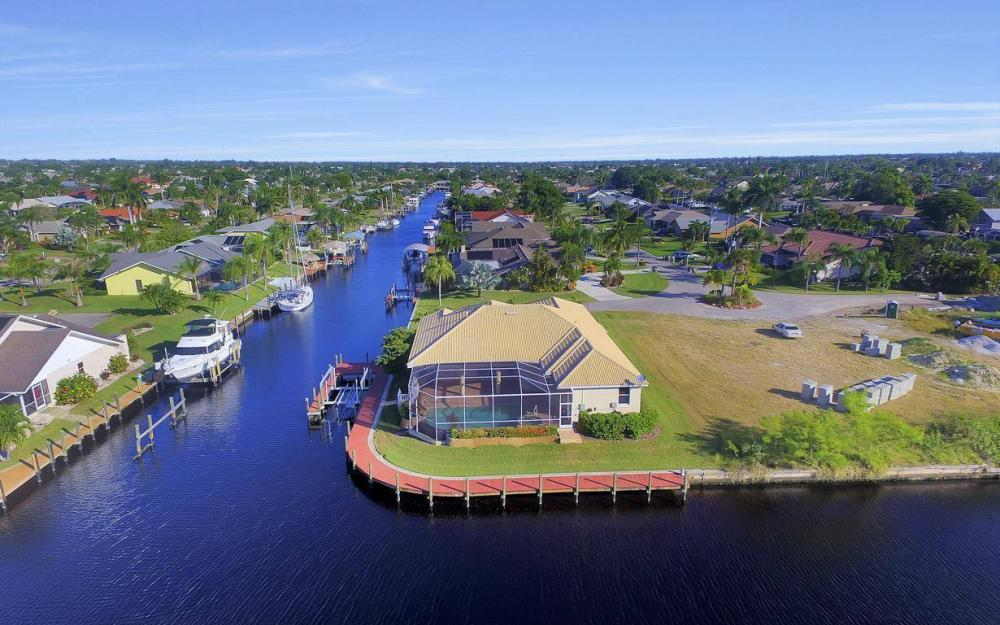 5340 SW 11th Ave, Cape Coral - Home For Sale 1318576025