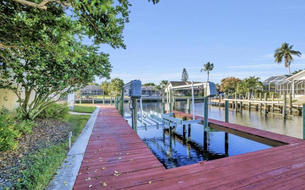 5340 SW 11th Ave, Cape Coral - Home For Sale 1447707239