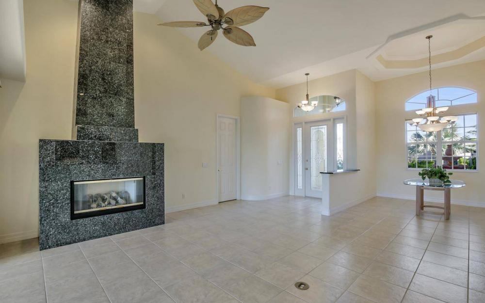 5340 SW 11th Ave, Cape Coral - Home For Sale 673448822