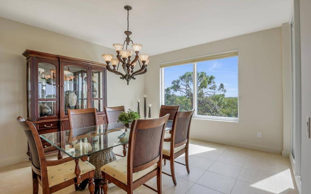 445 Cove Tower Drive #402, Naples - Condo For Sale 1428556692