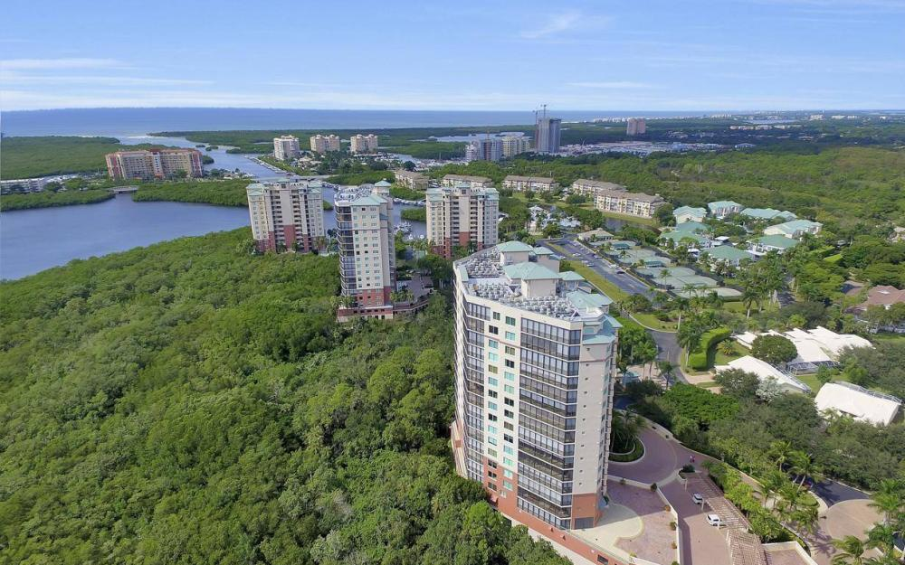 445 Cove Tower Drive #402, Naples - Condo For Sale 1403168749